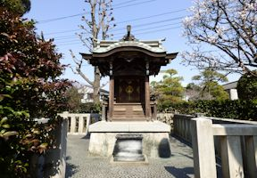 三十番神社