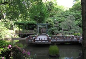 水交神社鳥居