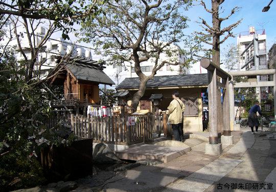 抜弁天厳島神社