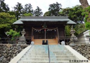 千ヶ瀬神社拝殿