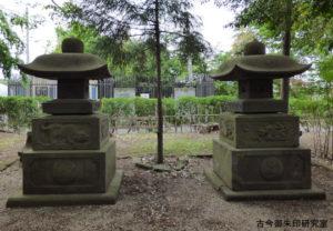 お伊勢の森神明社石灯籠