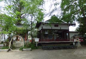 津島神社・舞殿