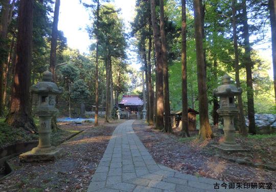 虎柏神社境域