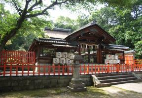 神門と本殿
