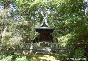 岡田神社全景