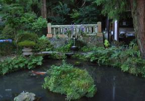 八十場の泉