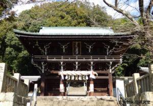 日尾八幡神社随神門